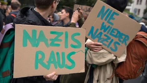 """Wie eine Selbstverständlichkeit wie """"Nazis raus"""" von Journalisten zerschrieben wird"""