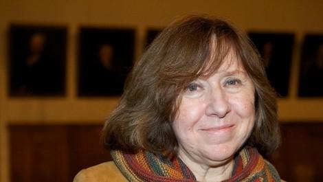 Nobelpreisträgerin Alexijewitsch zwischen Literatur und Politik