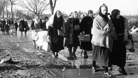 [CH] Die deutschen Flüchtlinge waren nicht willkommen in Deutschland.