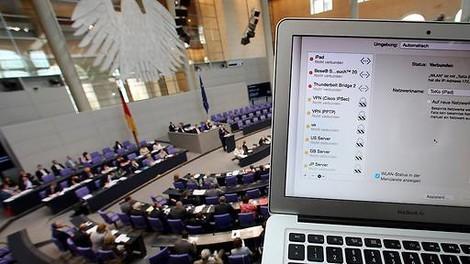 Dreimonatige Vorratsdatenspeicherung für den Bundestag
