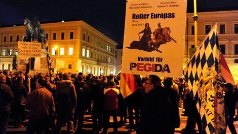 """""""Pegida-Demos im Zweifel zulassen"""""""