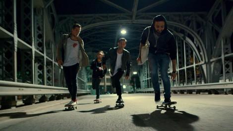 transatlantisches Feedback heute: der Skatefilm.