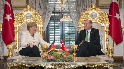 Das Flüchtlingsabkommen mit der Türkei 'stinkt' - und ist nicht nur für Flüchtlinge schlecht.