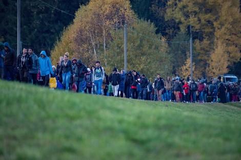 Die Flüchtlingskrise finanziert sich fast von selbst