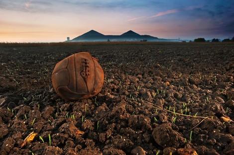 Felder der Schlacht – Orte des Friedens