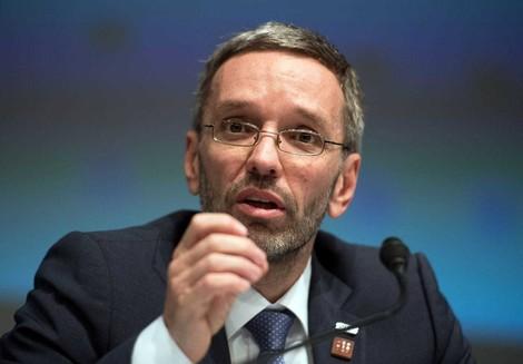 Wie die Kreml-Kontakte und ein Geheimdienst-Skandal Österreichs Verbündete irritieren