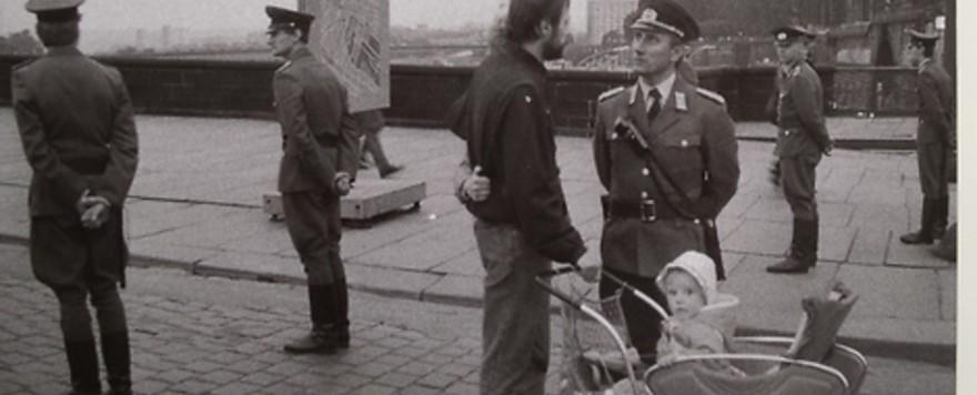Im deutschen Topf : Rereading East Germany