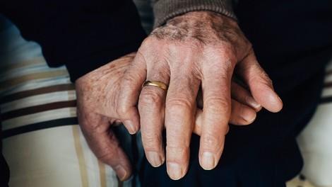Interview mit Rentnerehepaar. Was ist das Geheimnis der Liebe?