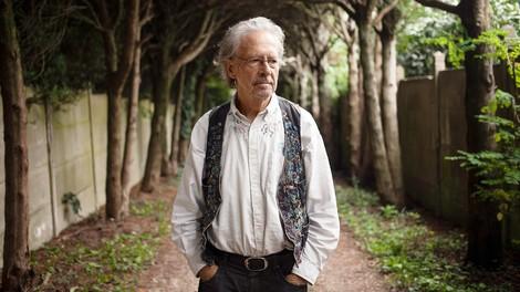 Interview mit Peter Handke: Das Feuer, Europa und der Zauber der Sprache