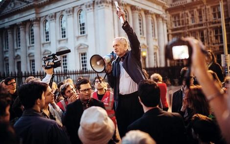 Die 7 Todsünden des politischen Journalismus