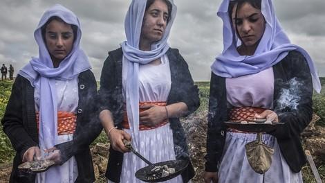 Fotoserie: Wie jesidische Frauen in ihre Heimat zurückkehren