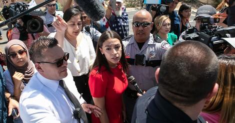 """Ocasio-Cortez erklärt, warum sie von """"Konzentrationslagern"""" in den USA redet"""