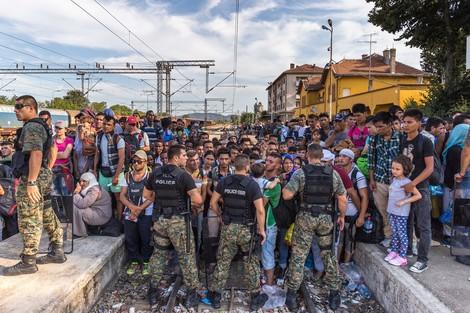 Schutzflehende wandelten sich zu Feinden. Was geschieht an den Rändern Europas?
