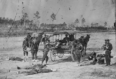 Herren über Leben und Tod – Mediziner auf dem Schlachtfeld