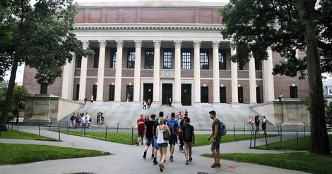 Sei fleißig oder kenne die richtigen Leute. Ein Lehrstück aus Harvard.