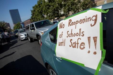 Wie Schulen in Los Angeles auch im 2. Halbjahr auf Online-Lehre setzen