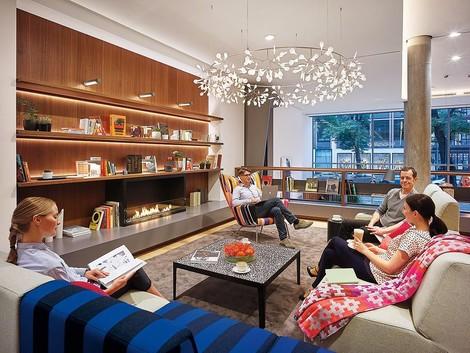 Bürokultur – was Arbeitgeberinnen vom Hotelgewerbe lernen können