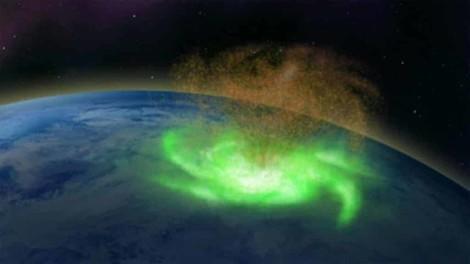 Nordpol: Weltraum-Wirbelsturm lässt Elektronen regnen