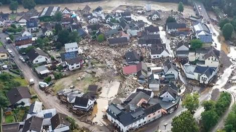 Wie es zu den aktuellen Sturzfluten kam