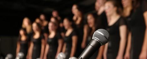 Was singen Hollywood-Chöre da eigentlich für einen Quatsch?
